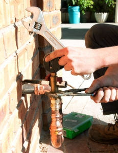 Gas fitter service in Albury and Wodonga - licensed.
